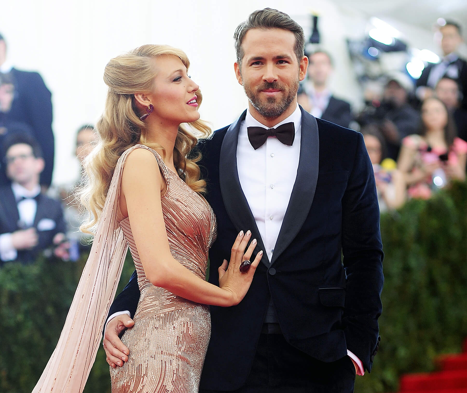 Blake Lively e Ryan Reynolds (Deadpool)